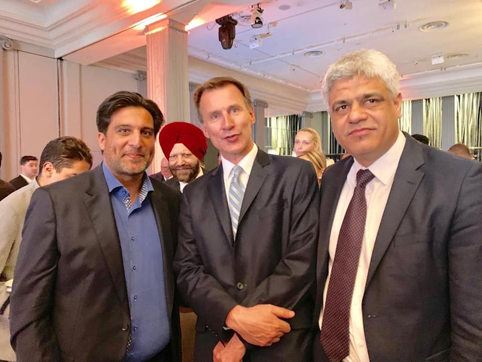 Rt. Hon Jeremy Hunt MP with our MD Manish Tiwari